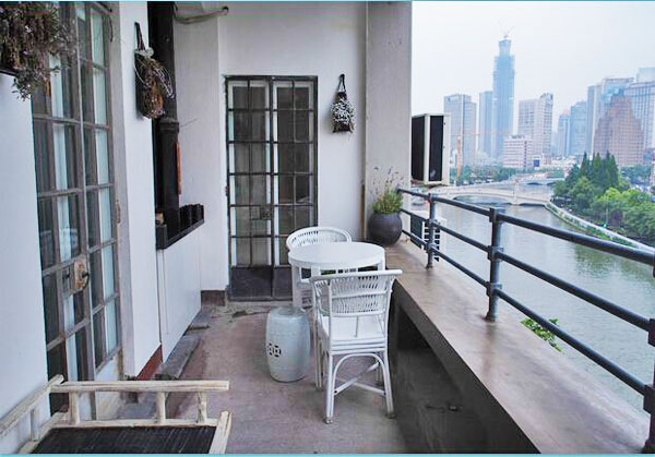 Apartment for rent in embankment building