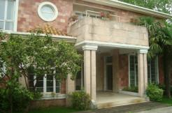 Le Chambord Villa for rent with swimming pool