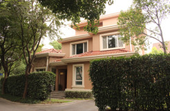5 br Wall heated Risen Villa for in Minhang