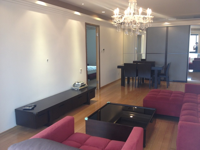 Cozy dynasty garden apartment for rent in xintiandi