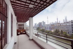 modern apartment in art deco building near suzhou creek bund area for rent (1)