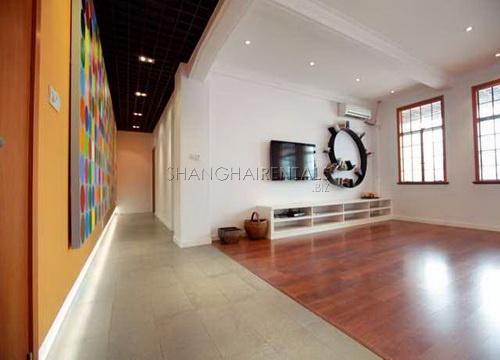 modern apartment in art deco building near suzhou creek bund area for rent (3)