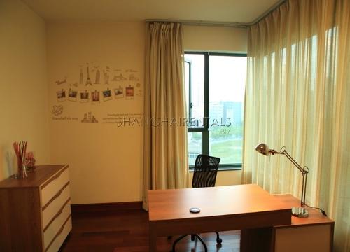 modern apartment in oriental manhatthan in xujiahui shanghai for rent (1)