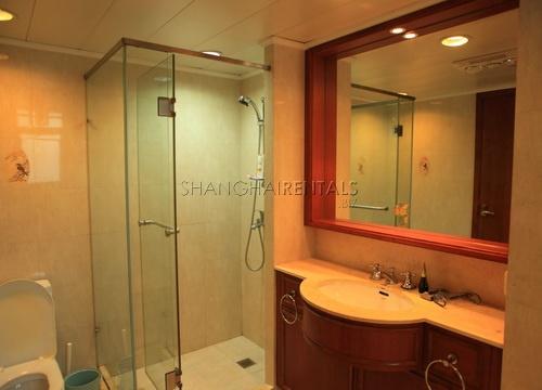 modern apartment in oriental manhatthan in xujiahui shanghai for rent (3)