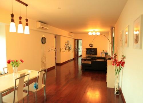 modern apartment in oriental manhatthan in xujiahui shanghai for rent (7)