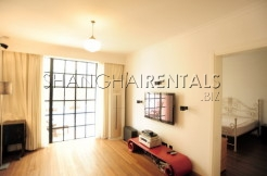 3 bedrooms flat with outdoor space in French Concession for rent