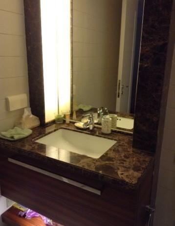 Casa lakeville luxury apartment for rent 9