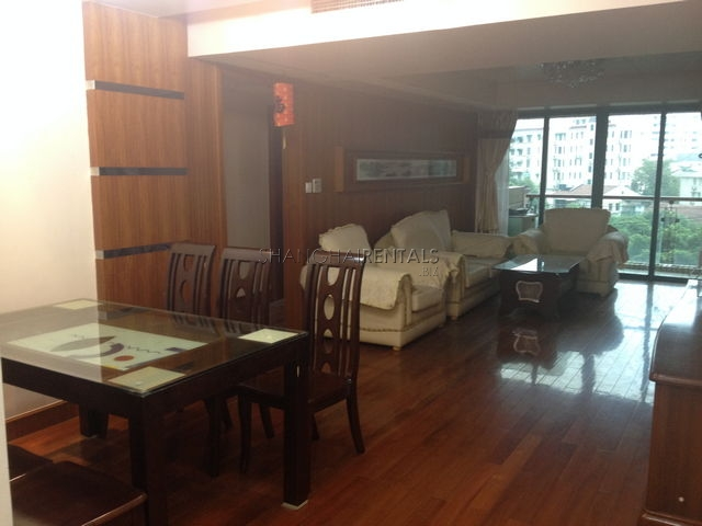 Courtyards spacious apartment for rent in French Concession
