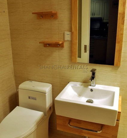 Gaolan apartment in French concession for rent 5