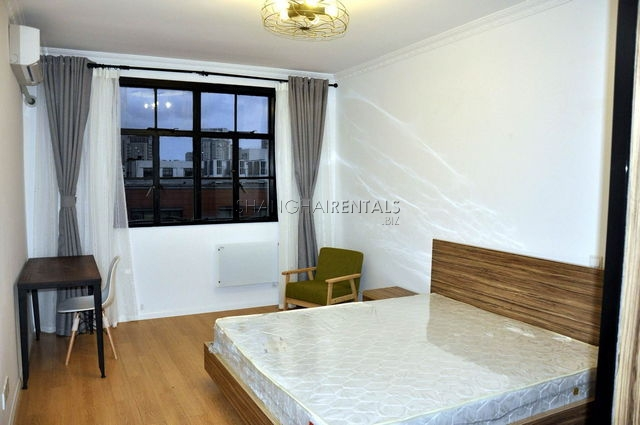 Gaolan apartment in French concession for rent 8