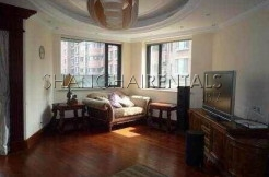Apartment for rent in Gubei Qiangshang Garden