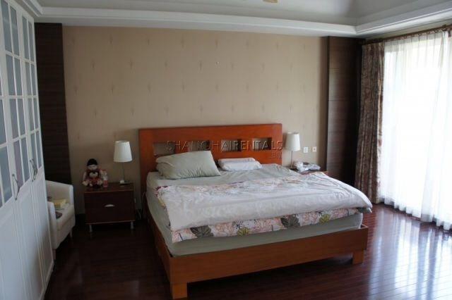 Villa in Qingpu for rent  2