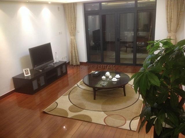 Gubei Qiangsheng garden flat for rent