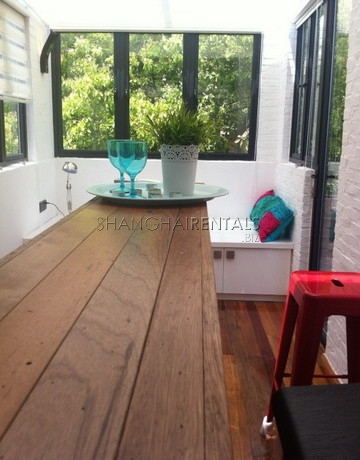 lane house with terrace in former french concession for rent apartment in shanghai for rent (15)