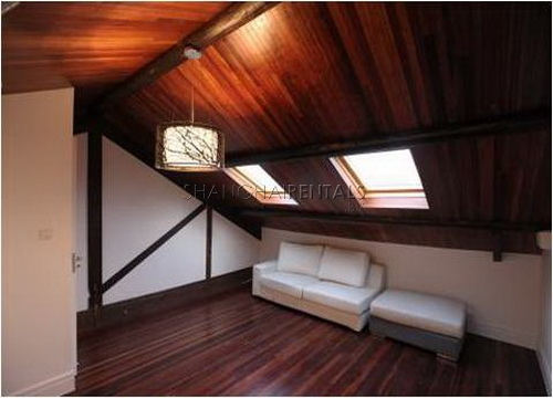 loft in lane house in former french concession in shanghai for rent (10)