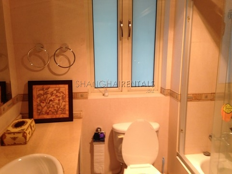Ladoll Shanghai apartment west nanjing rd 2bedrooms3