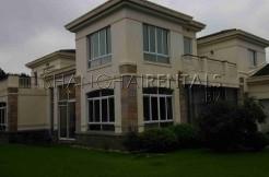 Long Beach Garden Villa in Qingpu For Rent