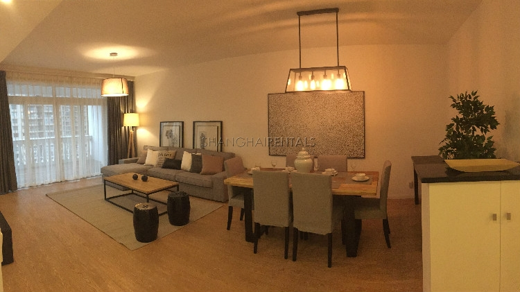 3BRs highrise apt in MingYuan Centery Garden.