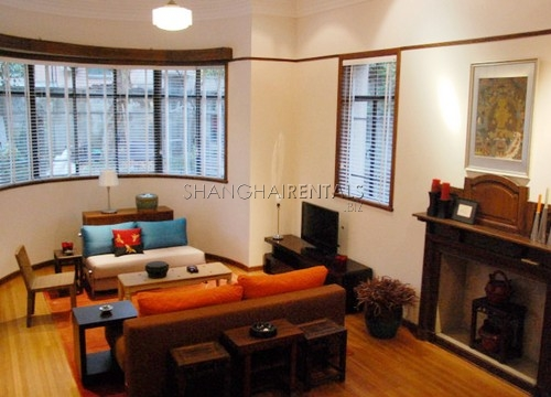 Rent a lane house in French concession in Shanghai Maoming road (4)