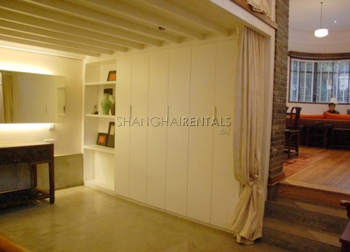 Rent a lane house in French concession in Shanghai Maoming road (6)
