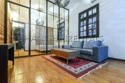 Rent an old style apartment in French Concession in Shanghai (8)