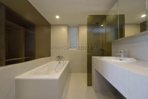 highrise apartment at Central Residences of french concession of shanghai for rent5