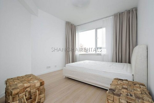 highrise apartment at Central Residences of french concession of shanghai for rent7