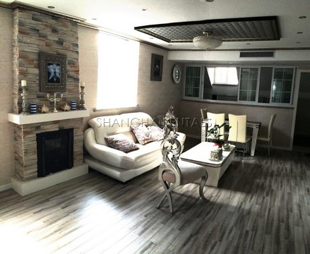 2 Bedrooms apartment at west nanjing rd