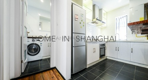 lane house at tianping rd for rent in french concession of Shanghai2