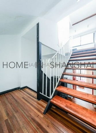 lane house at tianping rd for rent in french concession of Shanghai5