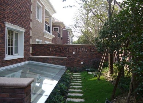 Rent the Emerald  Villa in Kangqiao in Shanghai near SCIS school (10)