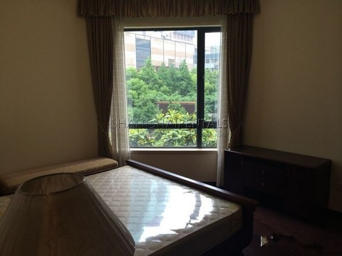 high rise apartment at  City condo of Gubei area of shanghai for  rent8
