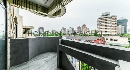 lane house high rise apartment at  mid huaihai rd of french concession of shanghai for rent2