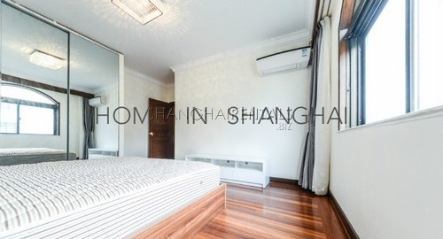 lane house high rise apartment at  mid huaihai rd of french concession of shanghai for rent3