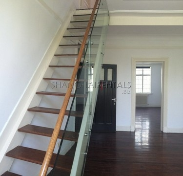 2 Bedrooms lane house at YanQing Rd