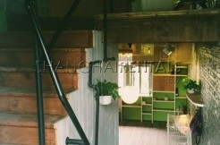 2 Br Lanehouse in Former French Concession For Rent
