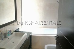 3-bedroom-apartment-in-8-park-avenue-in-jingan-area-in-shanghai-for-rent3