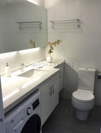 3-bedroom-apartment-in-daan-city-in-huangpu-area-in-shanghai-for-rent5