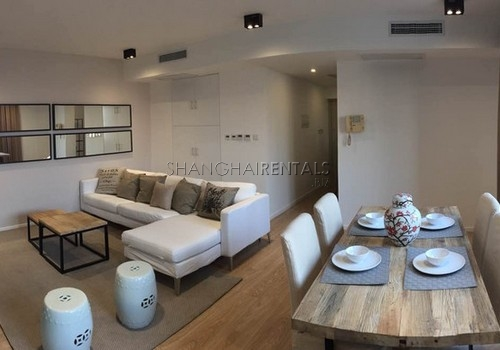 3 Br Apartment in Daan City near West Nanjing Road