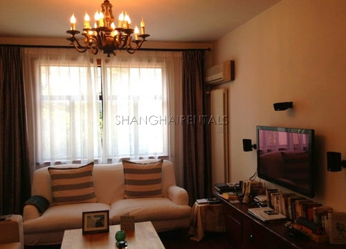 3-bedroom-apartment-in-former-french-concession-in-shanghai-for-rent11