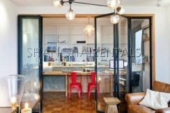 3-bedroom-apartment-in-high-rise-building-in-downtown-in-shanghai-for-rent4