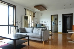 3 Br Apartment at Nanjing West Road in Jing'An for Rent