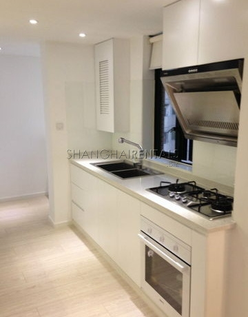 3-bedroom-apartment-in-joffre-garden-in-former-french-concession-in-shanghai-for-rent1