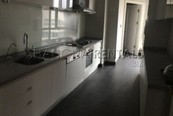 3-bedroom-apartment-in-shimao-riviera-in-pudong-area-in-shanghai-for-rent5