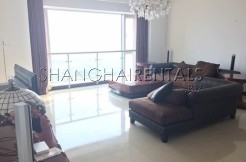 Spacious 3 Br Apartment in Shimao Riviera in Pudong
