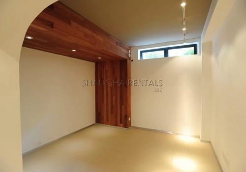 3-bedroom-lane-house-in-jingan-in-shanghai-for-rent15