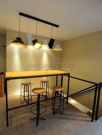 3-bedroom-lane-house-in-jingan-in-shanghai-for-rent2