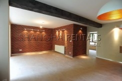3-bedroom-lane-house-in-jingan-in-shanghai-for-rent4