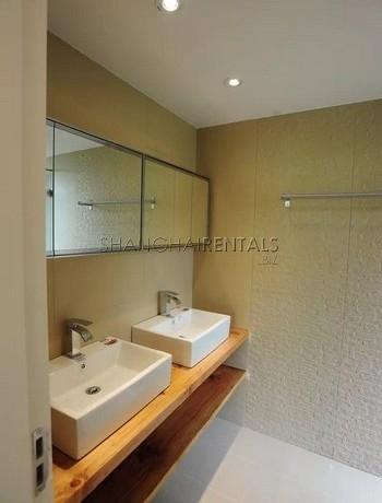 3-bedroom-lane-house-in-jingan-in-shanghai-for-rent6