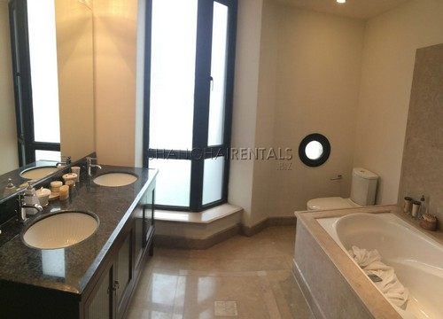 4-bedroom-apartment-in-chateau-pinnacle-in-changning-in-shanghai-for-rent11